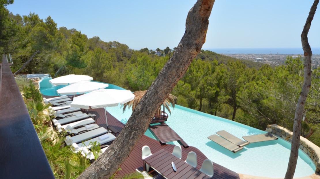 Exclusive-private-villa-rental-concierge-services-ibiza