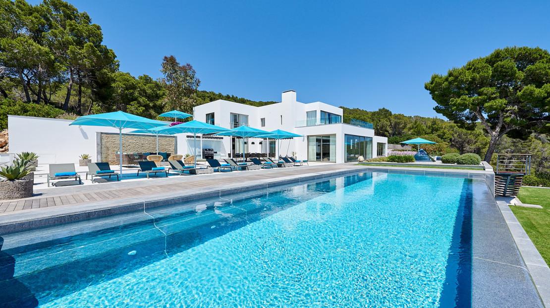 Exclusive Villa rental Collection