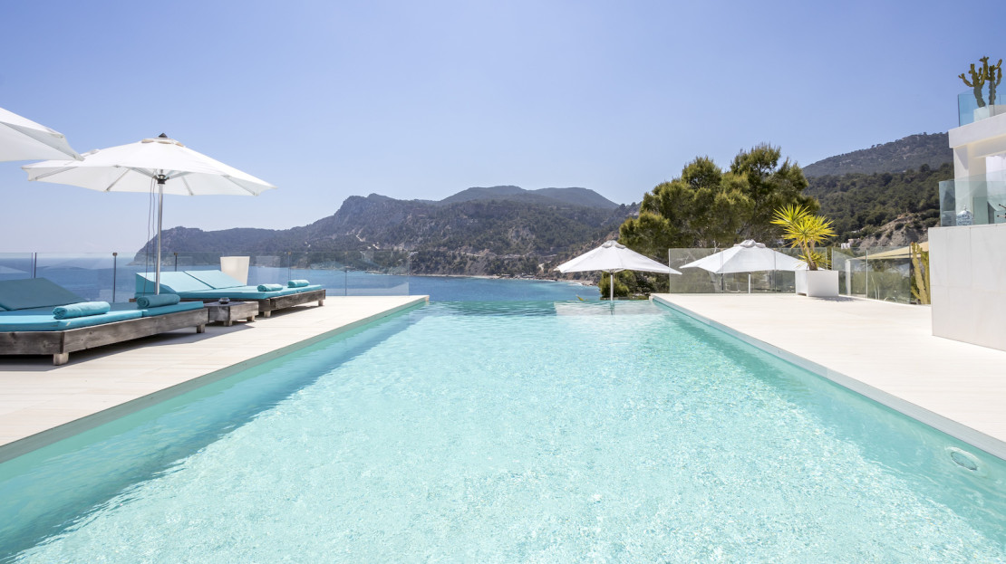 Exclusive property with sea access to rent, Balearic Island, Spain