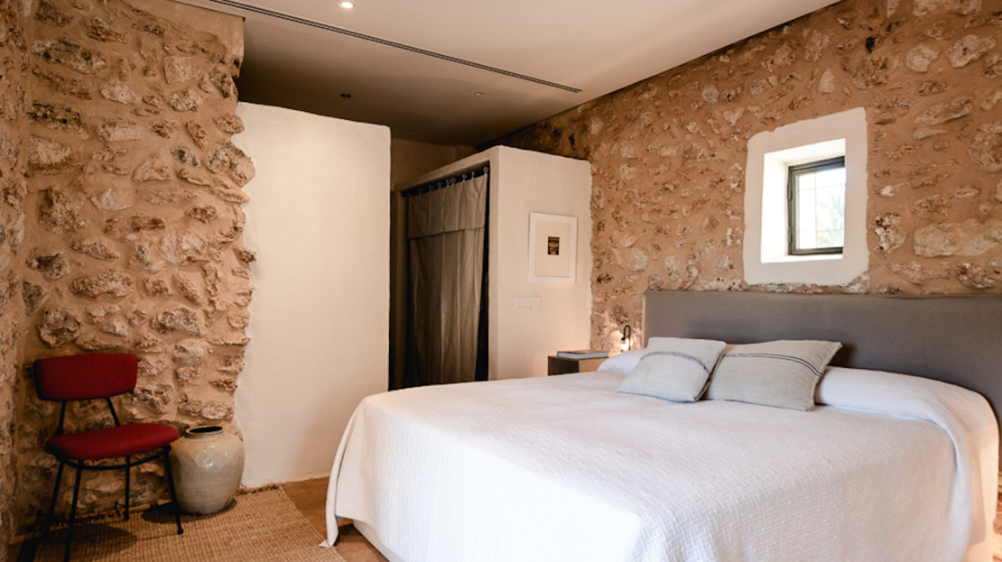 Authentic farmhouse completely reformed, Ibiza