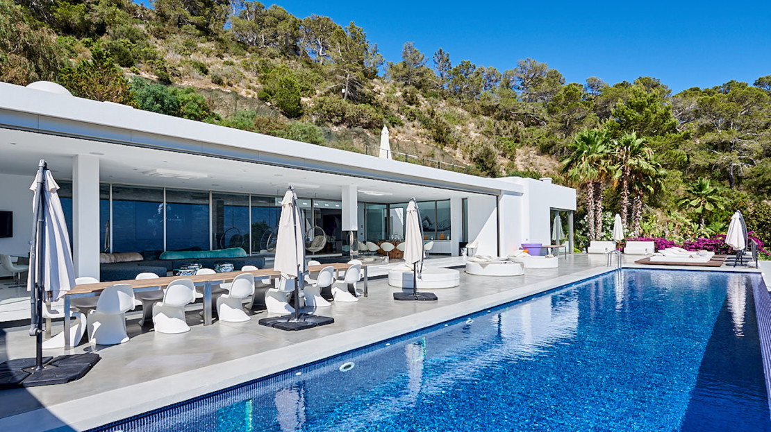 The most luxurious villa to rent in Cala Jondal, Balearic island, Spain