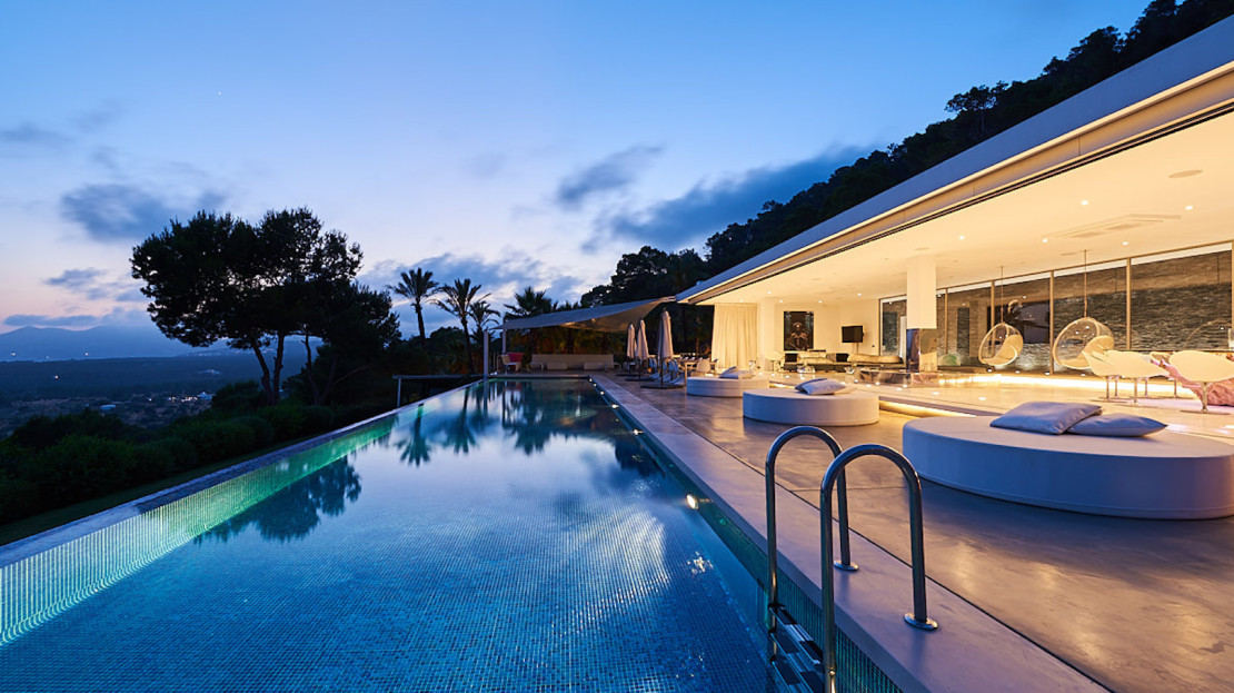 Exclusive home to rent in Ibiza, 5 mins away from the Blue Marlin Beach Restaurant