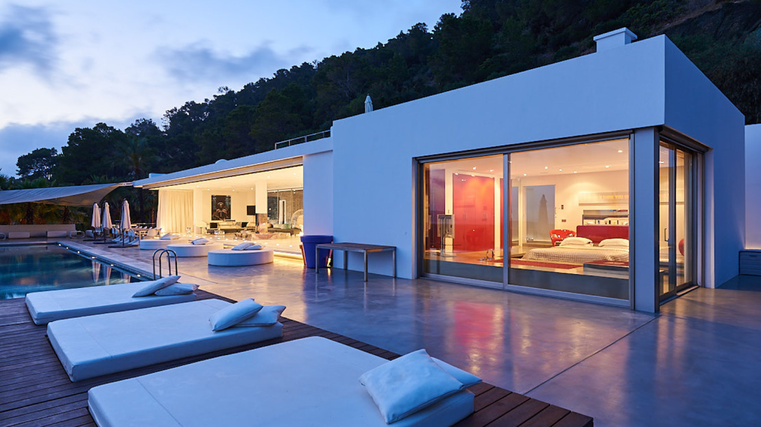 Can Saleta is one of the most prestigious property for rental vacation in the white island, Ibiza, Spain
