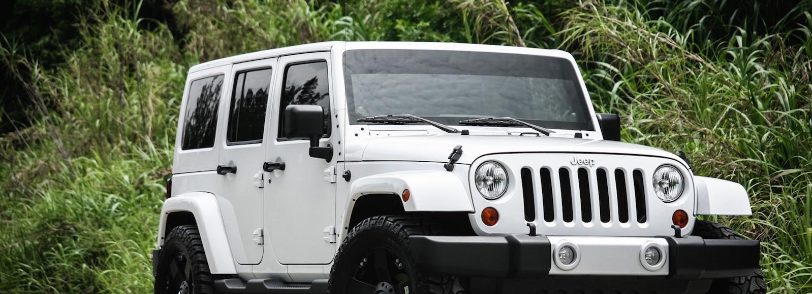 luxury-car-rental-jeep