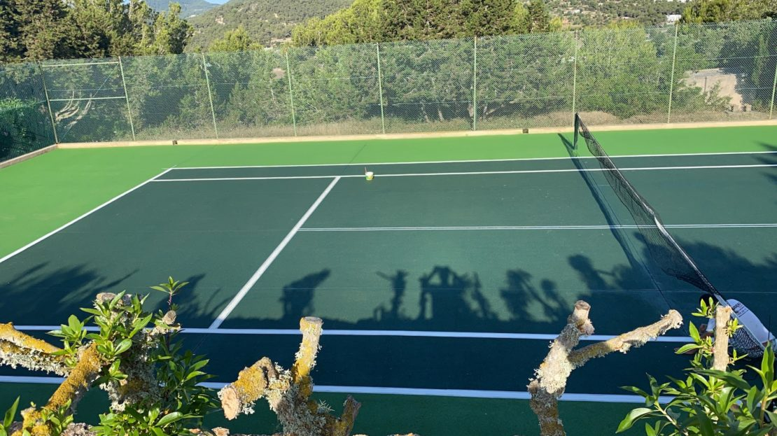 House for rent with private tennis court in Ibiza